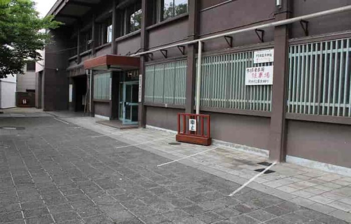 阿倍王子神社の無料駐車場です。