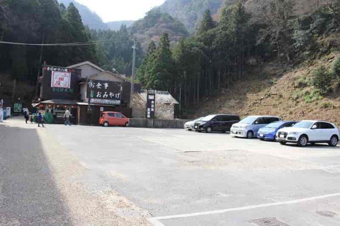 赤目四十八滝にある有料駐車場です。