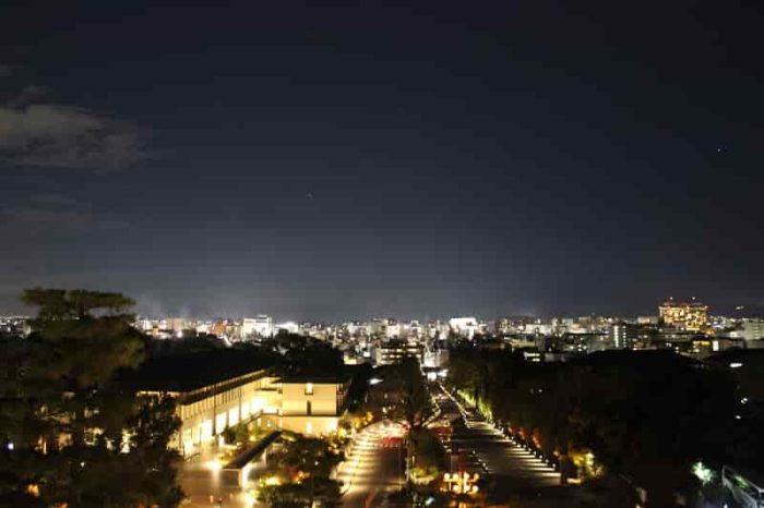 三門より眺める京都の夜景です。