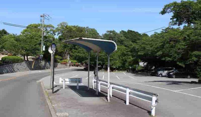 「甲山大師前」のバス停留所です。