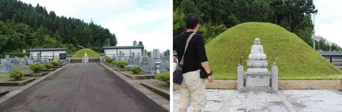 墓地の奥の緑の山は『塚』です。