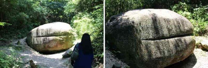 蛙に似た形の『かえる石』です。