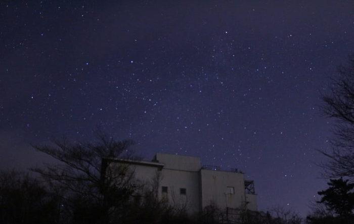猪名川天文台で望む満天の星空です。