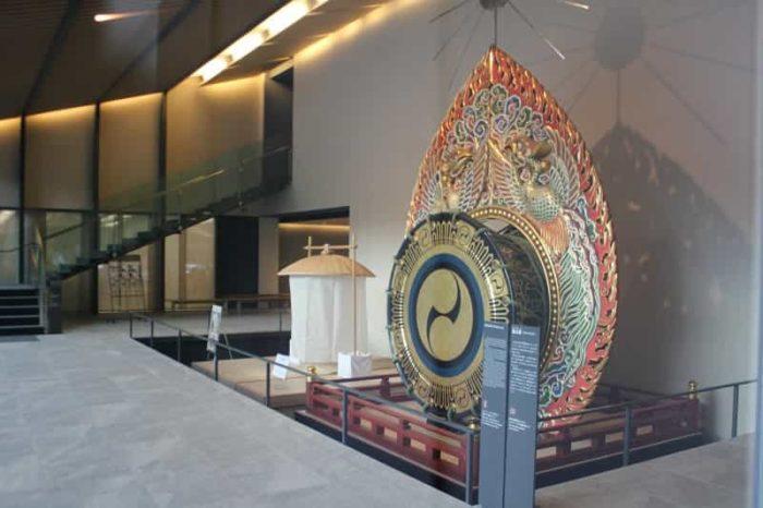 春日若宮おん祭で使用する日本最大の鼉太鼓です。
