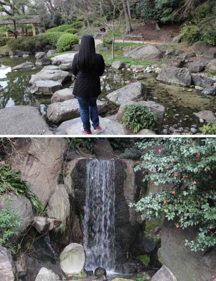 築山の麓に配置されている滝です。