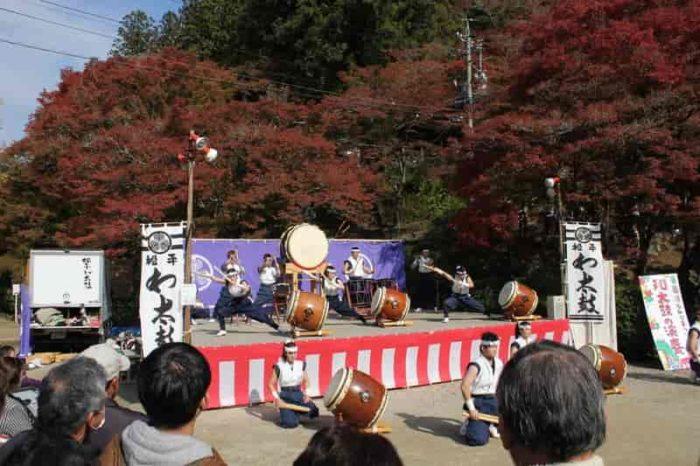 今回の催し物は和太鼓の演奏です。