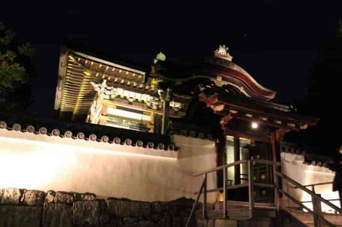 高台寺の見どころのひとつ『霊屋』です。