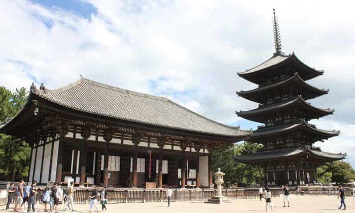 世界遺産の構成資産「興福寺」です。