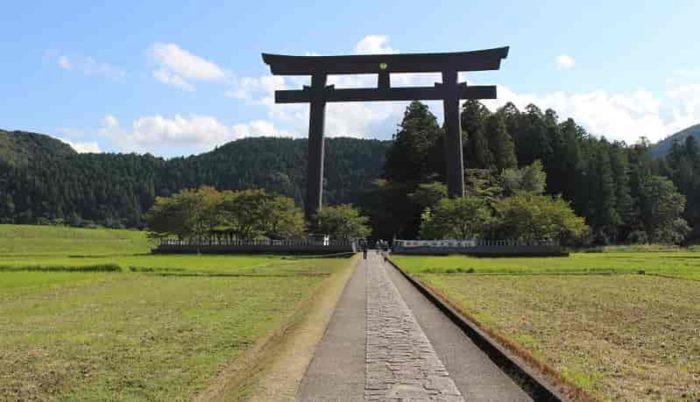 熊野本宮大社の旧社地の大斎原です。