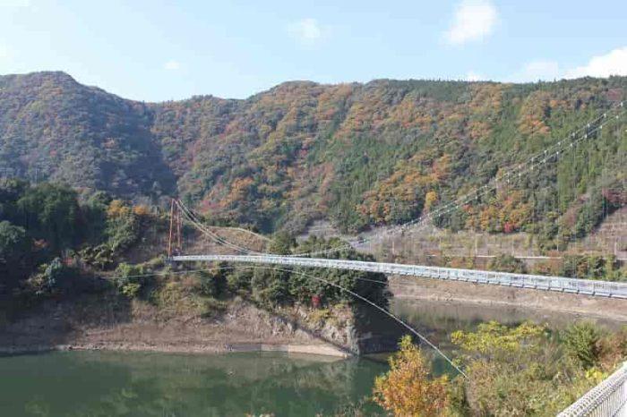 『椿山レイクブリッジ』です。