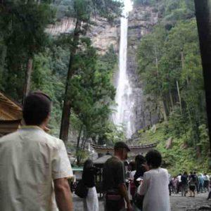 日本三名瀑の那智の滝です。