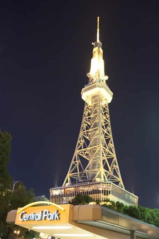 ライトアップされた名古屋テレビ塔です。