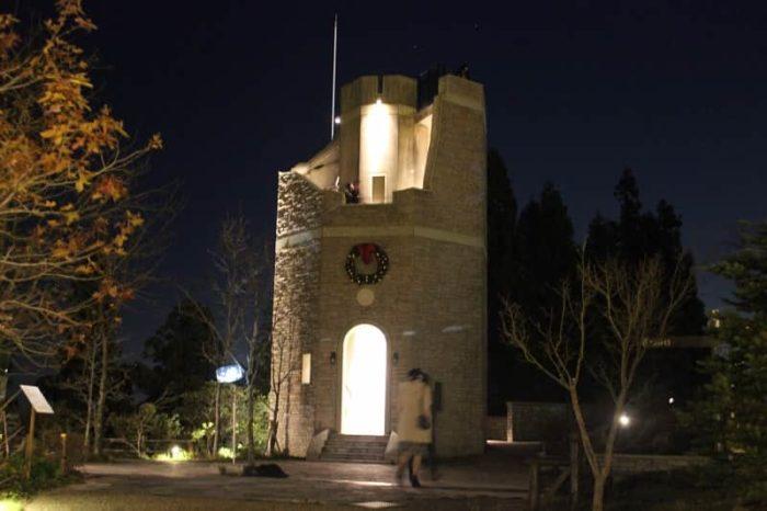 コッテージ・ガーデンの見晴らしの塔です。