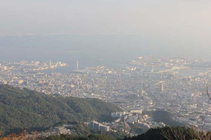 『天狗岩』から眺めた景色です。