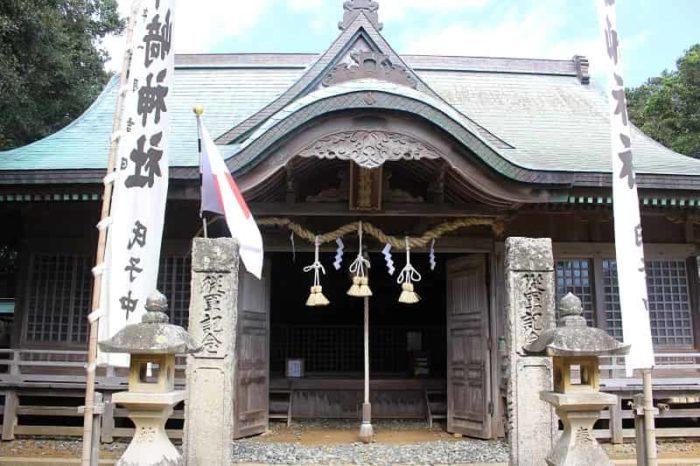 本州最南端に鎮座する潮御崎神社です。
