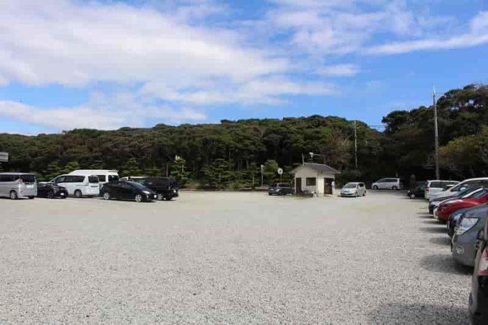 潮岬灯台の『有料』の駐車場です。