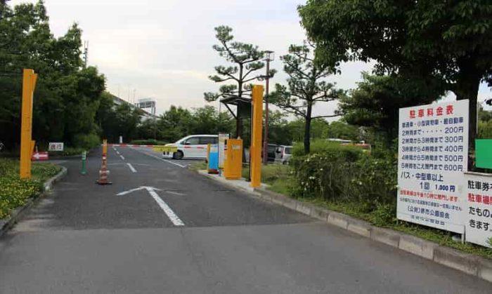 大浜公園の「P1駐車場」です。