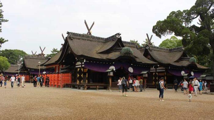 国宝に指定されている4棟の本殿です。
