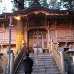 山頂部分に鎮座する立里荒神社の本殿です。